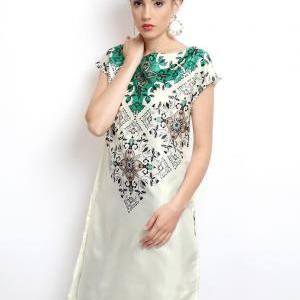 Women Off-White Printed Kurta (Perf..